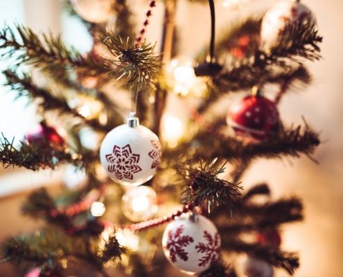 Giftiger Weihnachtsschmuck